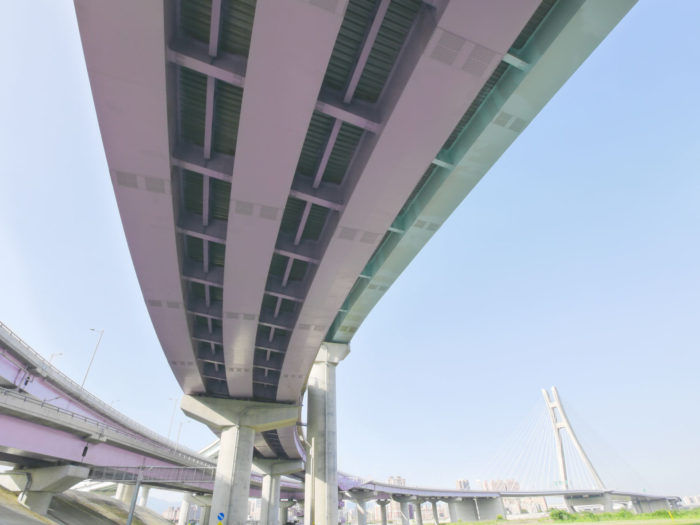 Building bridges - public-private partnerships for infrastructure