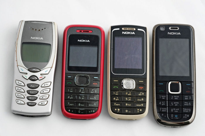 Retro technology - Old Nokia phone revival