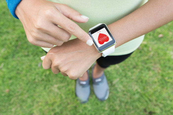 Smart watch for blood sugar monitoring