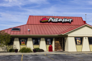 Picture of a Pizza Hut restautant.