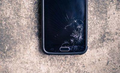 smart phone broken screen