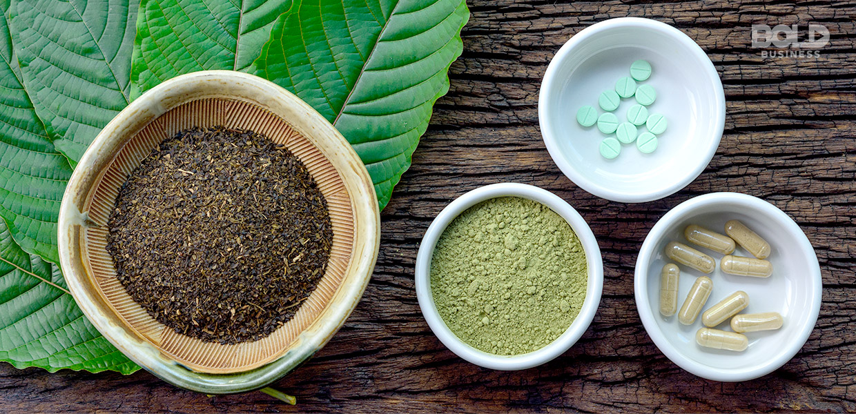 kratom effects, kratom in bowls in dried, powdered, pill and capsule form