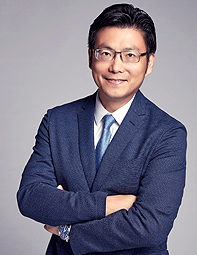 a photo of Chris Tung as one of the top chief marketing officers today