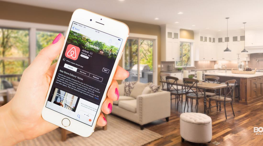 airbnb startup story, airbnb app on smartphone