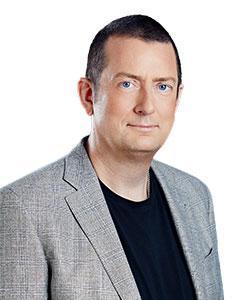 portrait image of Andrew Wilson