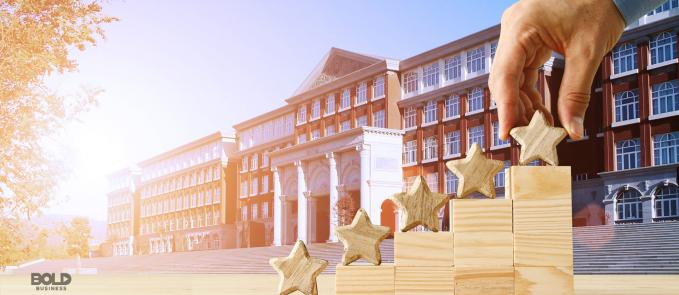 United States college rankings, stars on steps going higher